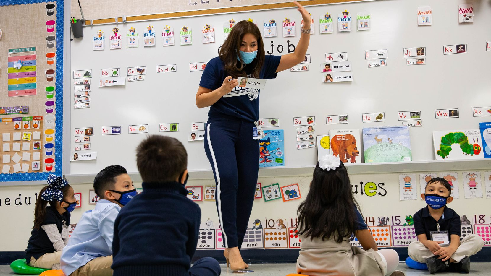 Texas school boards are deciding whether to maintain, modify or eliminate their mask requirements.