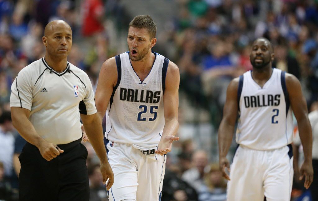 Dallas Mavericks forward Chandler Parsons (25) speaks to referee Marc Davis (8) in the second half during a National Basketball Association game between the Los Angeles Clippers and Dallas Mavericks at the American Airlines Center in Dallas Monday March 7, 2016. The Mavericks lost to the Clippers 90-109. (Andy Jacobsohn/The Dallas Morning News)