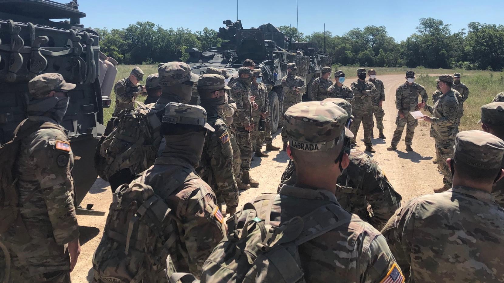 Militares participan en la búsqueda de Vanessa Guillén, la joven soldado originaria de Houston que desapareció el 22 de abril en la base militar de Fort Hood, Texas.