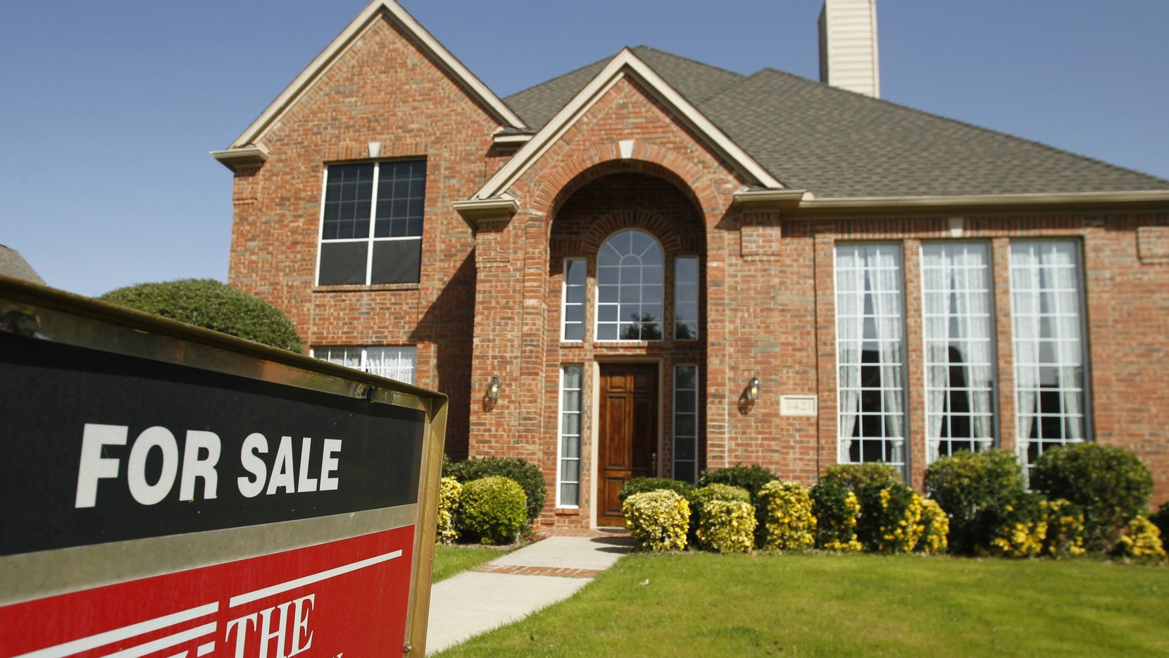North Texas real estate agents sold more than 108,000 single-family homes in 2019.