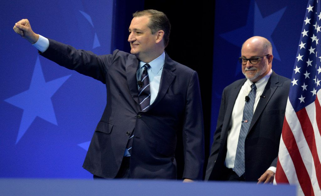 Sen. Ted Cruz speaks at the Conservative Political Action Conference (CPAC) on Thursday. (Mike Theiler/AFP/Getty Images)