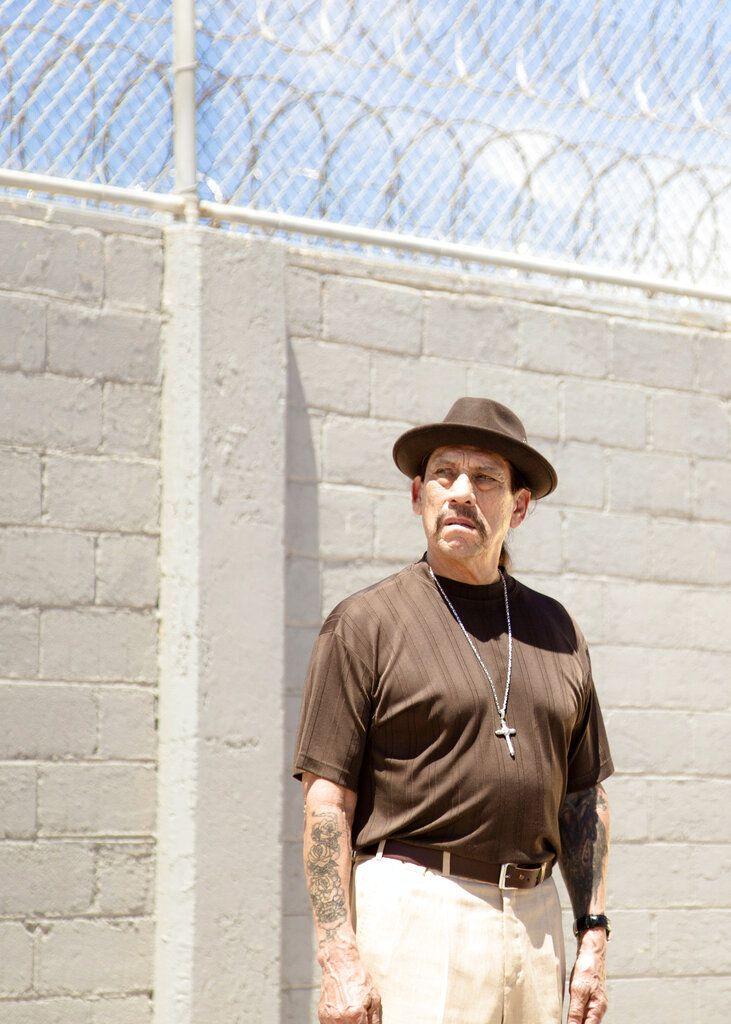 """En esta imagen proporcionada por Universal Pictures el actor Danny Trejo en el documental """"Inmate #1: The Rise of Danny Trejo"""". La película se estrena en plataformas digitales el 7 de julio de 2020. (Universal Pictures vía AP)"""