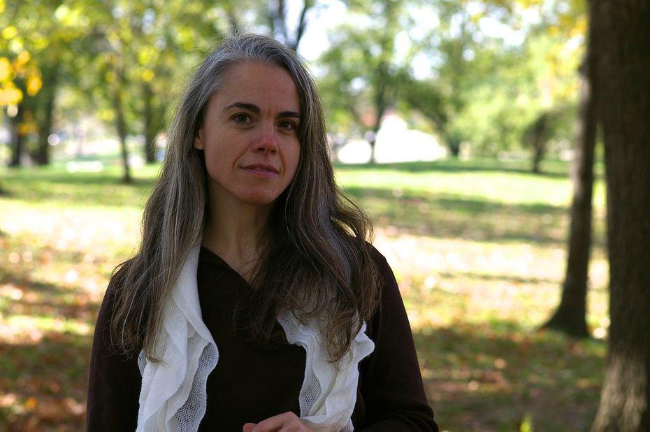 Author Andrea Pitzer