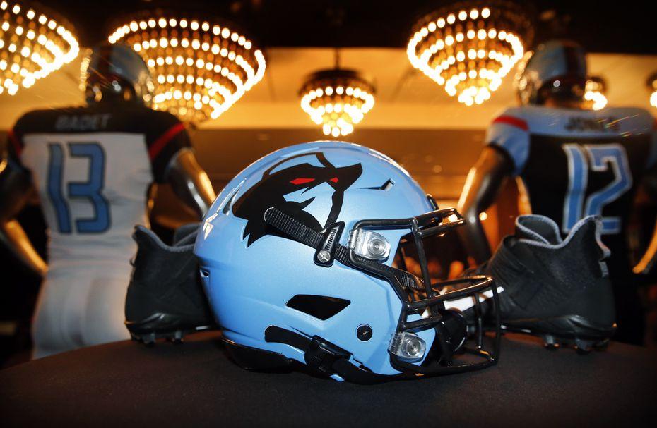 Dallas Renegades Reveal New Black And Blue Uniforms Ahead Of Xfl Season