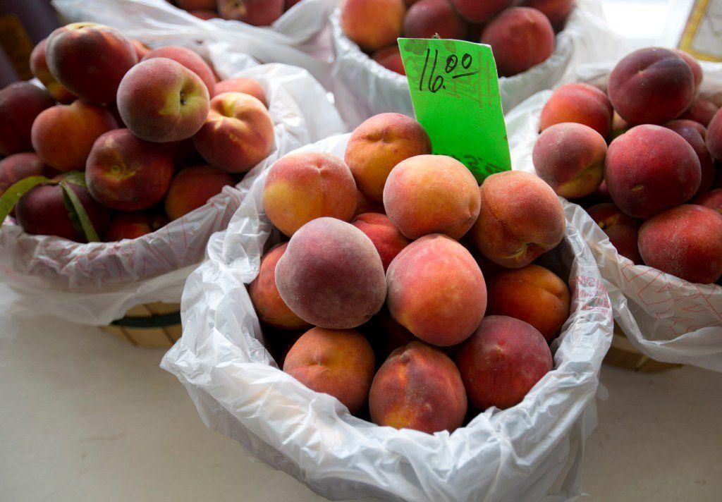 Peaches for sale at Hutton Peach Farm in Weatherford, Texas.