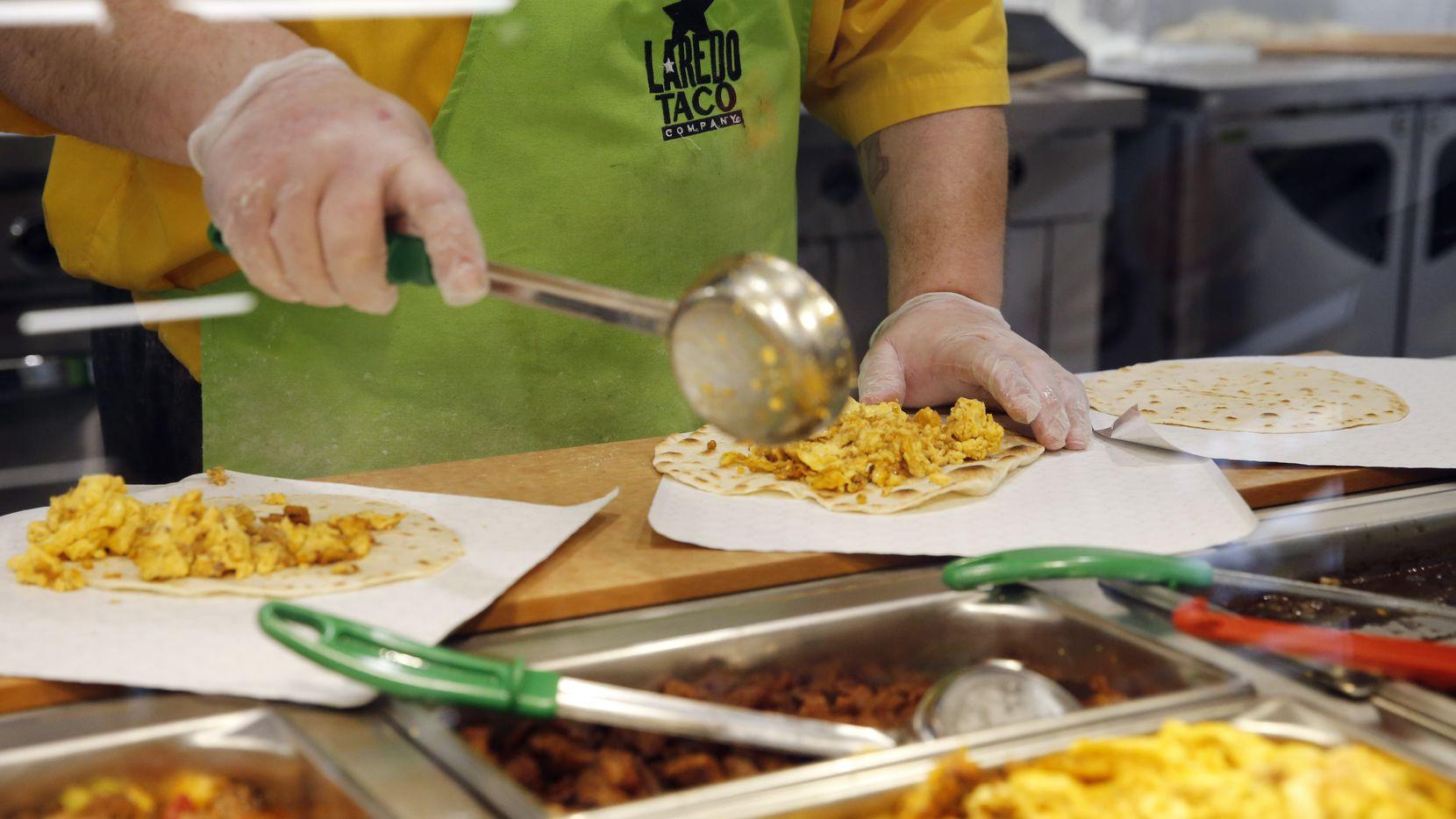 Tacos Laredo ahora se venden Audelia Road y Walnut Hill Lane dentro de un 7-Eleven.