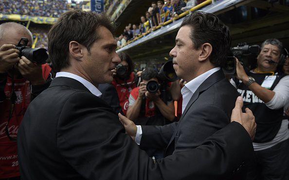 Marcelo Gallardo (der.) y Guillermos Barros Schelotto / AFP / JUAN MABROMATA (Photo credit should read JUAN MABROMATA/AFP/Getty Images)