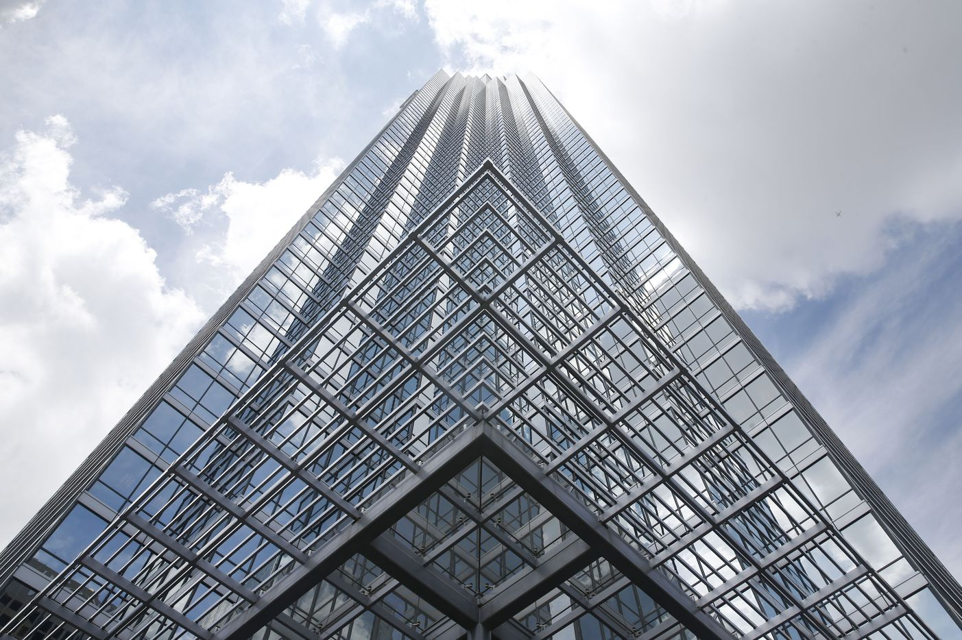 The Bank of America Plaza is seen Monday afternoon, April 8, 2019 in Dallas. Cushman & Wakefield is marketing the landmark 72-story skyscraper for sale. It is Dallas' tallest building, and the second-tallest in Texas.