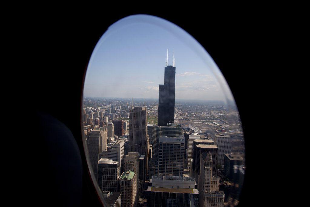 Foto de archivo de los rascacielos de Chicago donde destaca la Sears Tower, hoy conocida como Willis Tower.