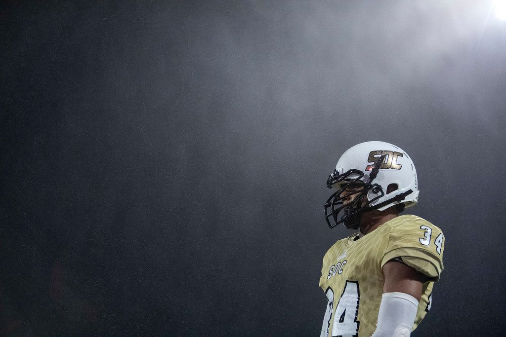 South Oak Cliff sophomore running back Netori Davis (34) stands in a cold mist that blew throughout the first half of a high school football game between South Oak Cliff and Seagoville on Friday, October 25, 2019 at Kincaide Stadium in Dallas. South Oak Cliff won 41-8. (Jeffrey McWhorter/Special Contributor)