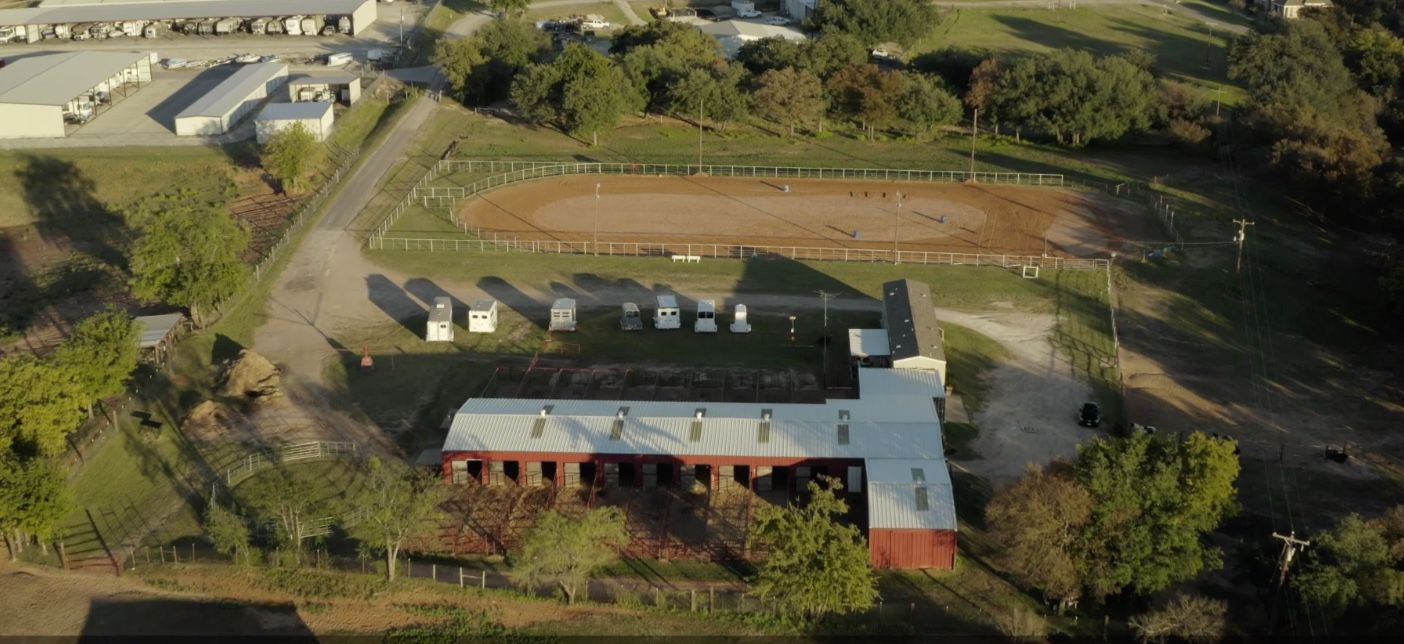 The Pecan Plantation community includes an equestrian center.