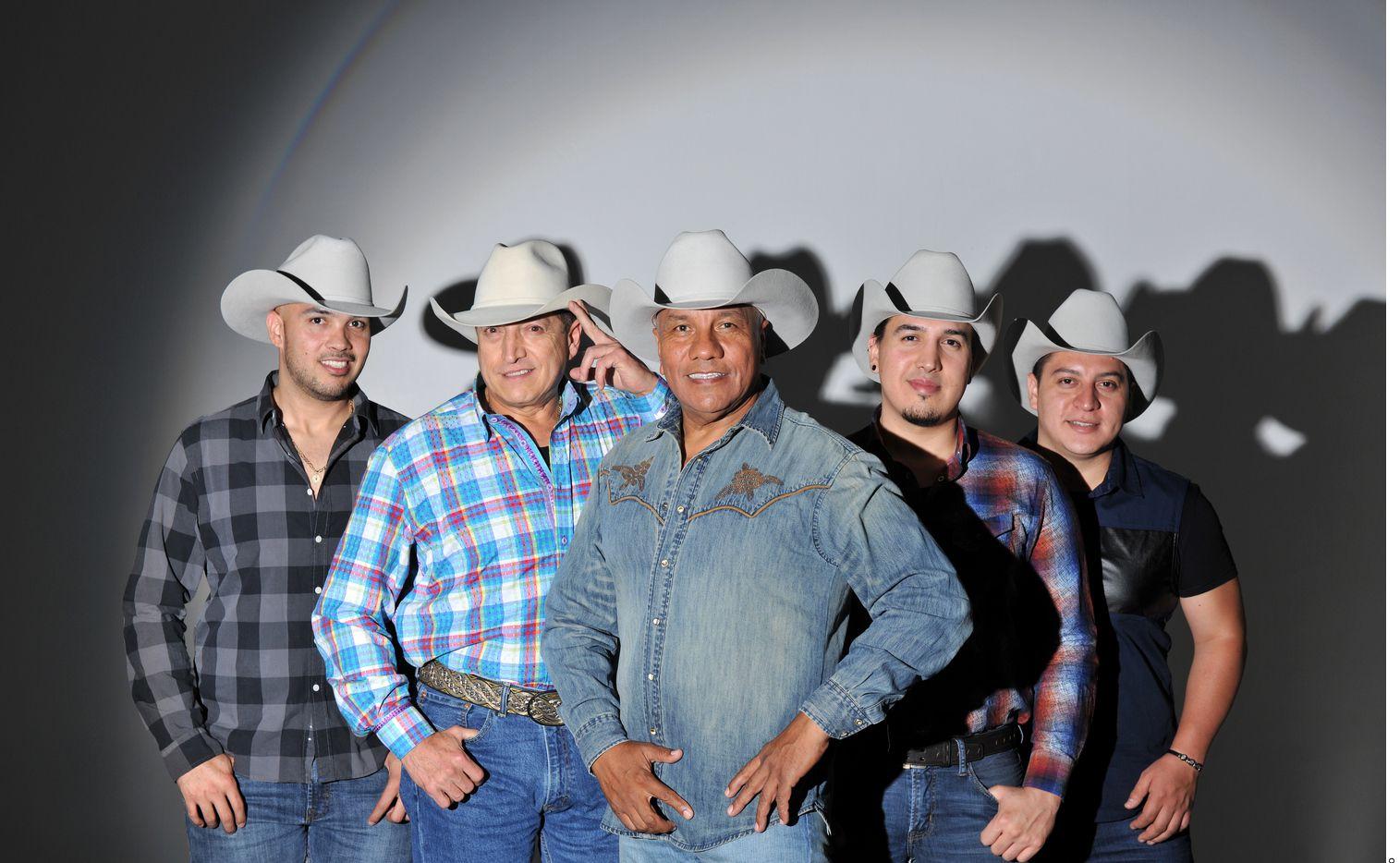 Bronco, el Gigante de América, tiene nuevo integrante: Arsenio Guajardo se une a la agrupación.