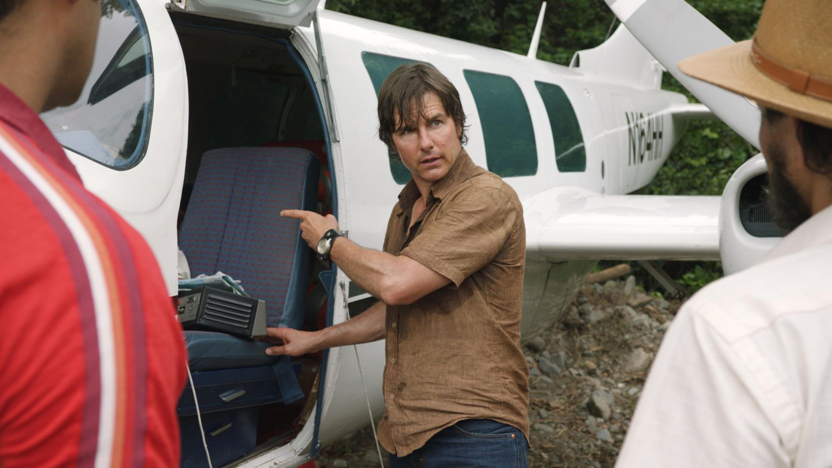 "Tom Cruise interpreta a Barry Seal, un agente encubierto de Estados Unidos en la película ""American Made"".(AP)"