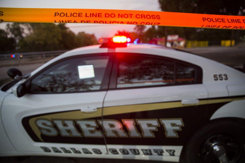 El Departamento del Sheriff investiga un atropellamiento en la I-35E.