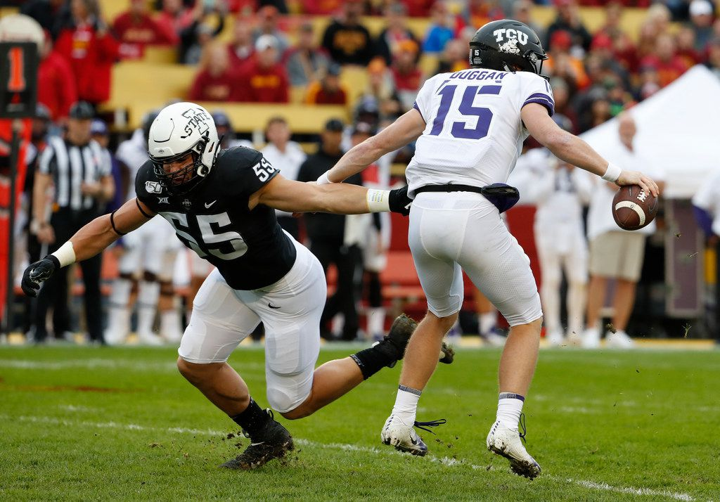 AMES, IA - OCTOBER 5: Defensive end Zach Petersen #55 of the Iowa State Cyclones puts pressure on quarterback Max Duggan #15 of the TCU Horned Frogs in the first half of play at Jack Trice Stadium on October 5, 2019 in Ames, Iowa. (Photo by David Purdy/Getty Images)