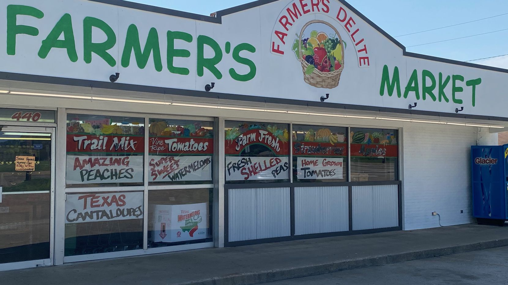 Farmer's Delite is a family business that started in 1992 in DeSoto. 29 years later, owner Marc Woolsey said the the market has become a staple for customers.