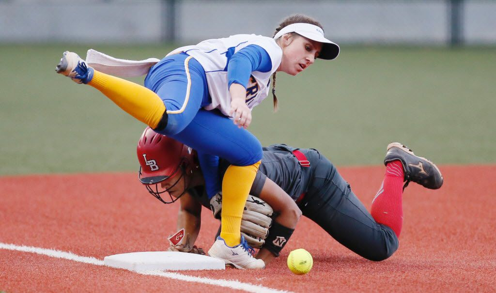 Frisco sophomore shortstop Taylor Trosclair (8) is unable to catch the throw from home as Mansfield Legacy senior Ta'Lyn Moody (10) steals third during the fifth inning of a high school softball playoff game at Highland Park Hugh School Thursday, May 19, 2016. (Brandon Wade/Special Contributor)