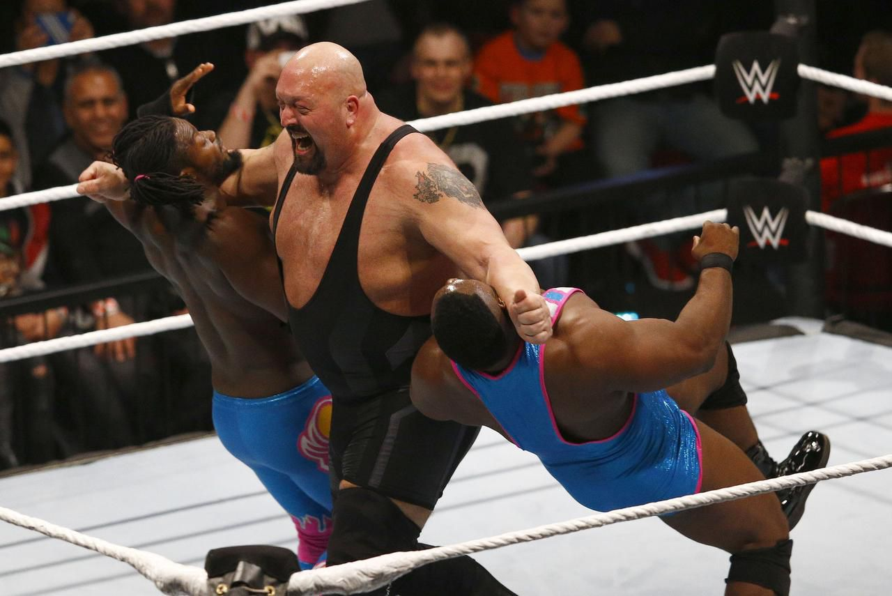 BREMEN, GERMANY – FEBRUARY 10: The new day challenges Big Show during WWE Germany Live Bremen – Road To Wrestlemania at OVB-Arena on February 10, 2016 in Bremen, Germany. (Photo by Joachim Sielski/Bongarts/Getty Images) (Bongarts/Getty Images/Joachim Sielski)