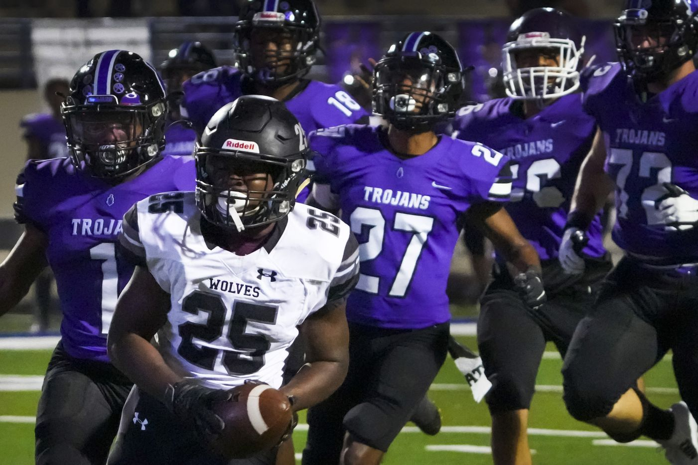 Mansfield Timberview's Javeon Madison (25) leaves the Waco University defense behind as he scores on a touchdown run during the first half of a high school football game at Waco ISD Stadium on Friday, Oct. 8, 2021, in Waco, Texas.