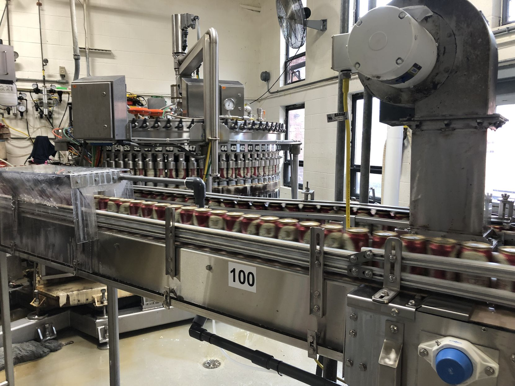 An up-close view of the canning line in action is a highlight of the brewery tour. (Leslie Snyder)