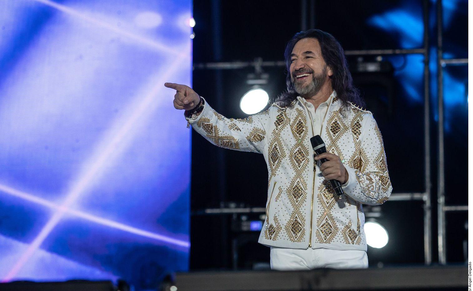 Marco Antonio Solís regresará a cantar con Los Bukis.