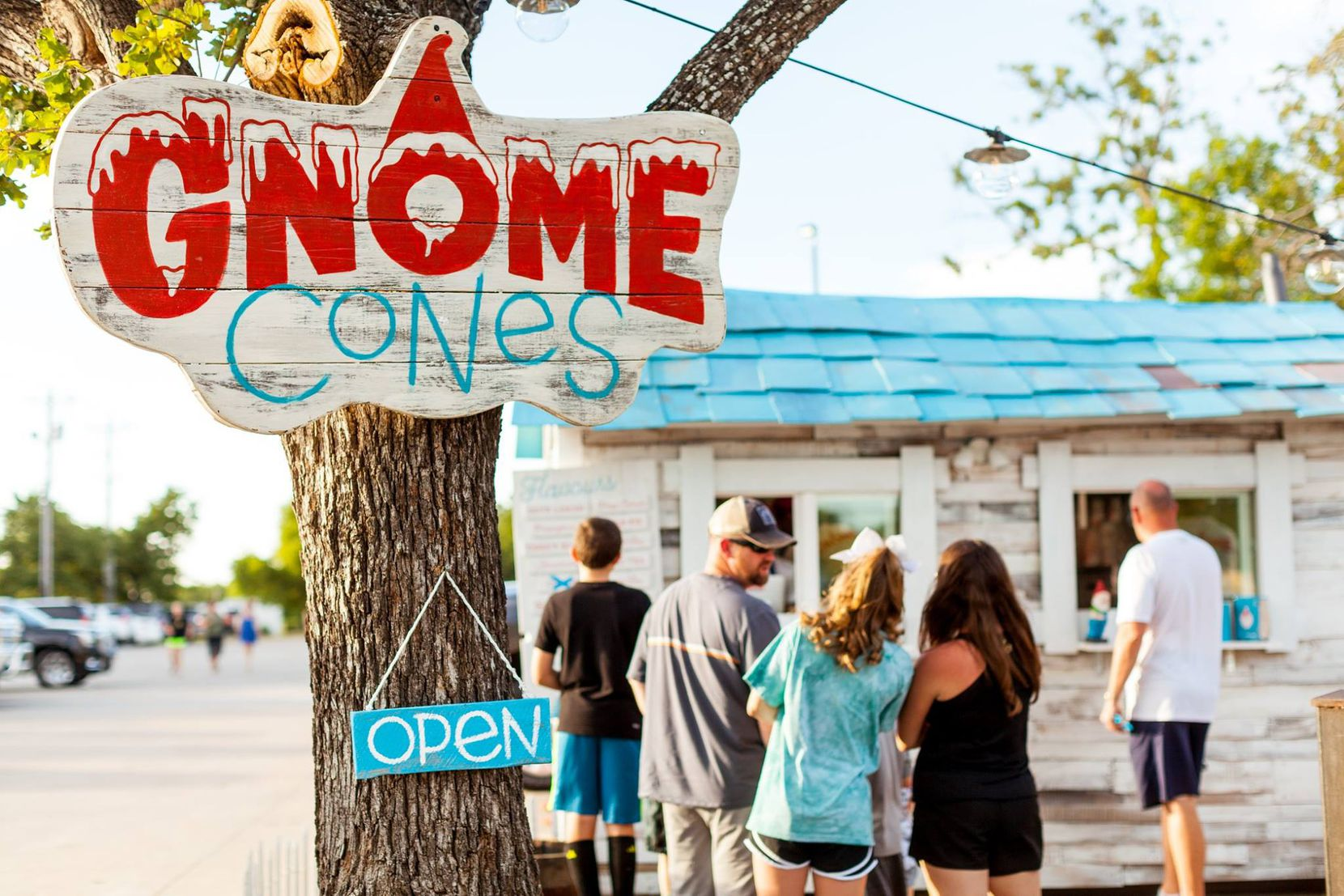 Gnome Cones is a snow cone stand with a gnome-centric premise.