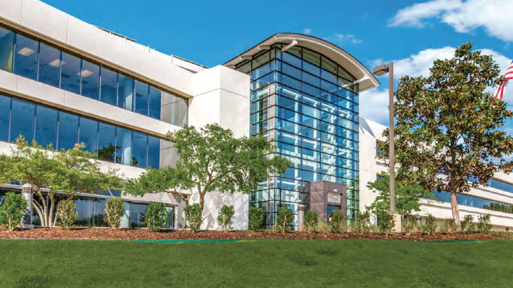 The 2901 Kinwest Parkway office buildings contain 160,000 square feet of space.