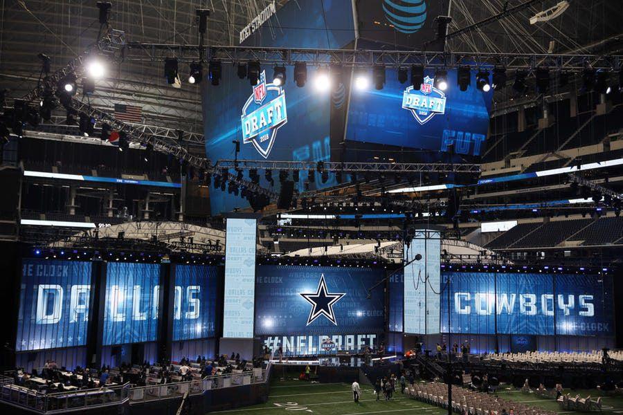 Los Dallas Cowboys eligen en el puesto número 19 en el draft de la NFL 2018. Foto DMN