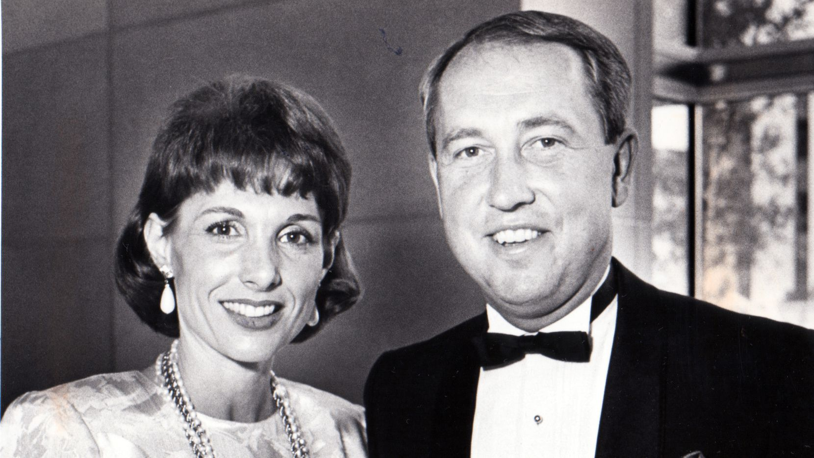 Former American Airlines finance and marketing executive Tom Plaskett and his wife, Linda, at a charity event in May 1986.