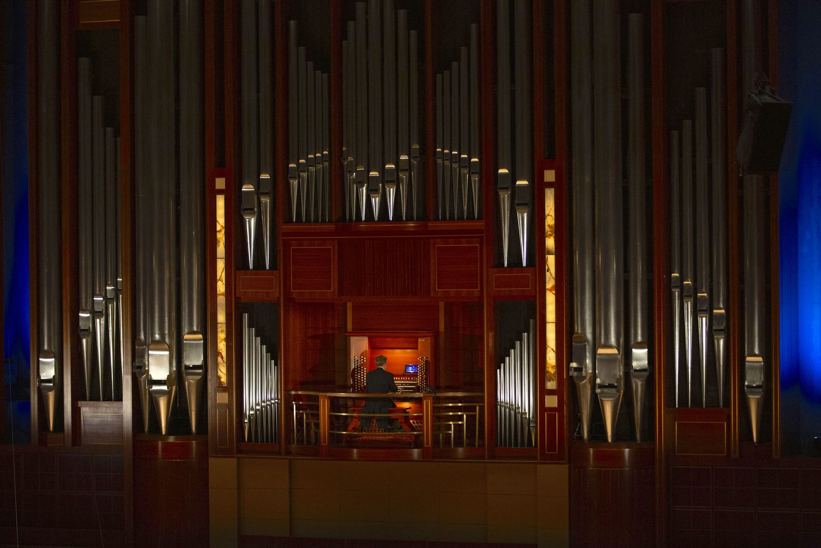 Bradley Hunter Welch plays the organ with Dallas Symphony Orchestra at Meyerson Symphony Center on May 20.