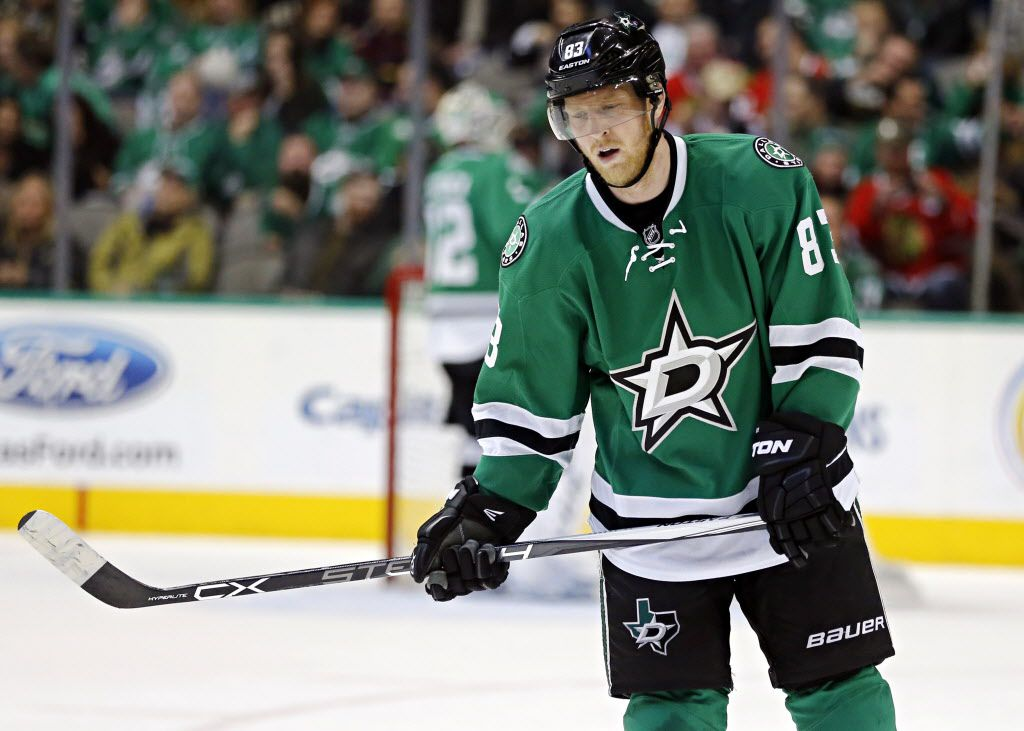Dallas Stars right wing Ales Hemsky skates back to the bench after after a Chicago Blackhawks goal during the second period of their game Saturday, February 6, 2016 at the American Airlines Center in Dallas. (G.J. McCarthy/The Dallas Morning News)
