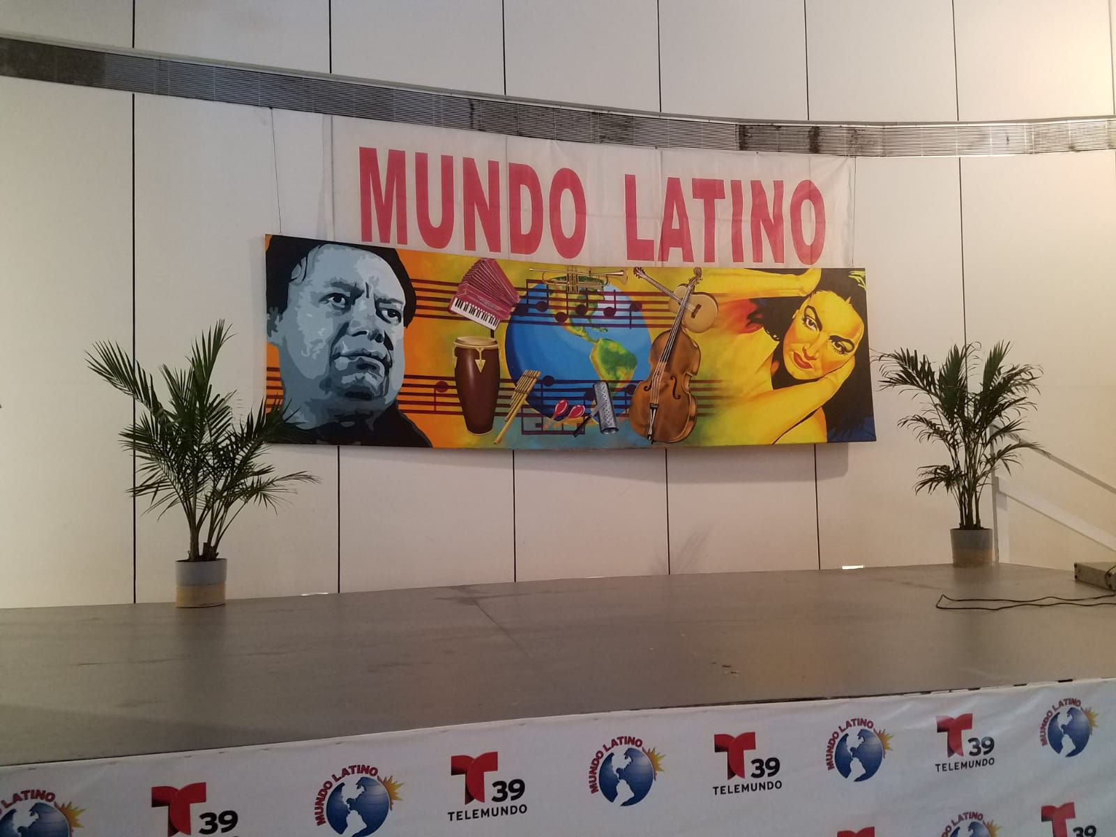 Mundo Latino. Foto de Lourdes Vázquez para Al Día.