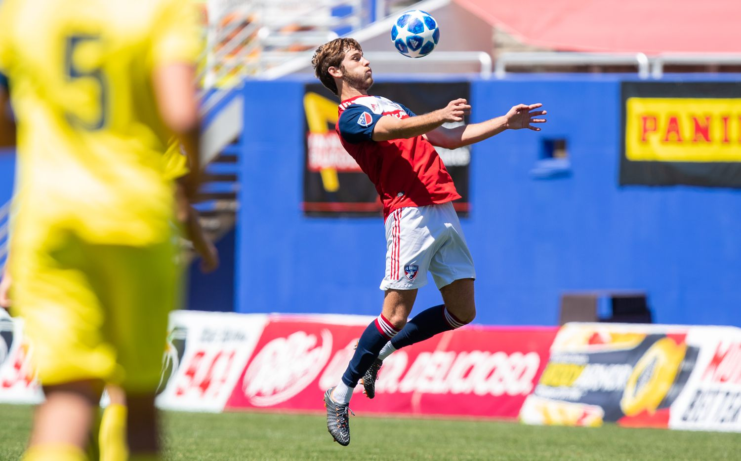 DALLAS, TX - APRIL 14: Tanner Tessmann of FC Dallas chests down the ball during the Dallas Cup Super Group soccer game between FC Dallas (USA) and Villareal (Spain) on April 14, 2019 at The Cotton Bowl in Dallas, Texas.  (Photo by Matthew Visinsky)