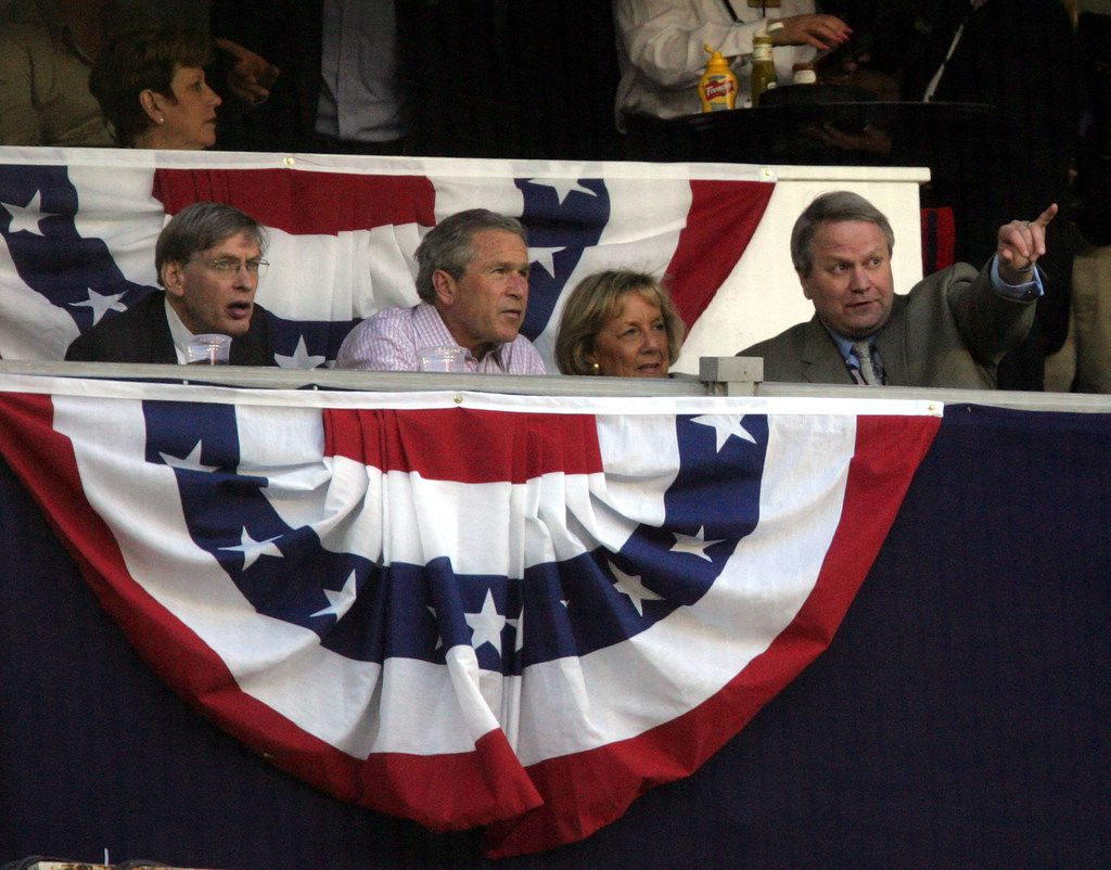 WASHINGTON - APRIL 14:  U.S. President George W. Bush (2nd-L) sits with baseball commissioner Bud Selig (L) as the Washington Nationals take on the Arizona Diamondbacks at RFK Stadium April 14, 2005 in Washington, DC.  (Photo by Jamie Squire/Getty Images)