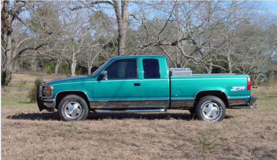 A vehicle similar to the truck a man Houston police want to talk to in connection with the Texas case was in.