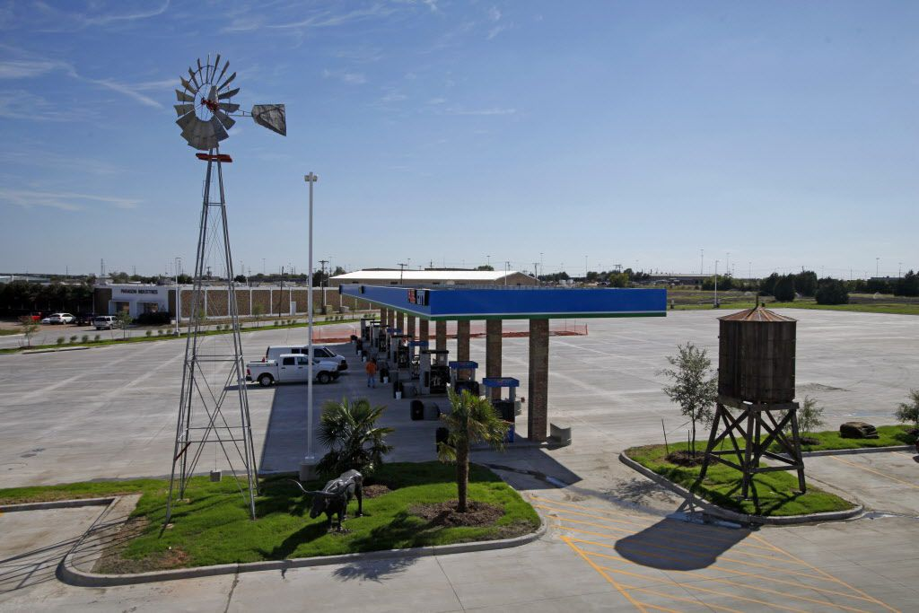 A view of a 90 year old windmill and 100 year old water tower at the new Fuel City gas station, on Wednesday, Sept. 23, 2015 in Mesquite. Ben Torres/Special Contributor