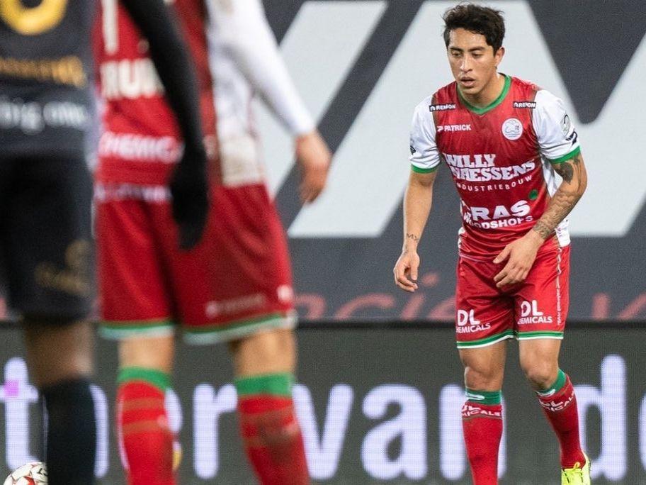 El jugador mexicano Omar Govea se disculpó con la afición de su club en Bélgica.