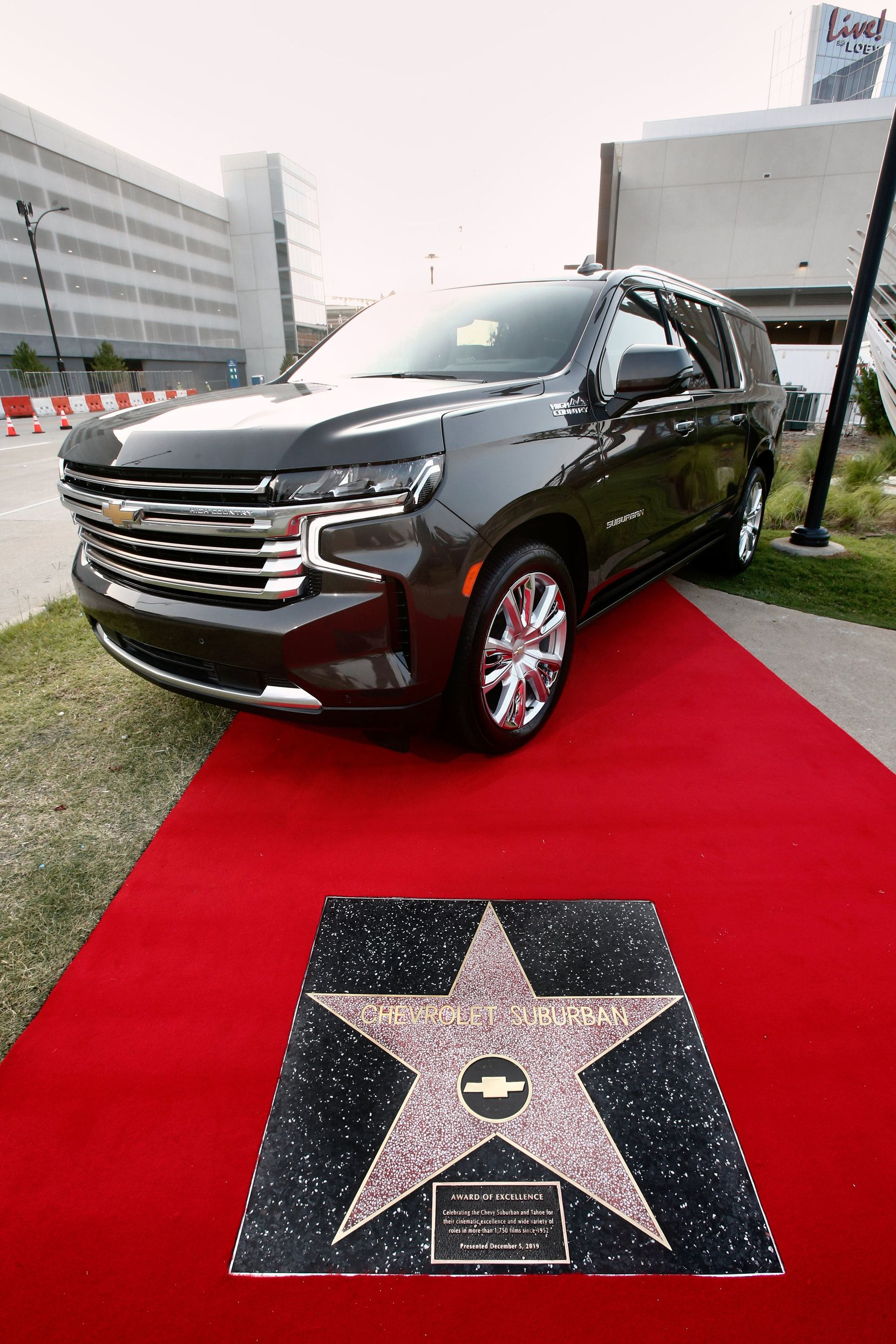 The Chevrolet Suburban is the first vehicle to get a Star of Excellence from the Hollywood Chamber of Commerce. An Award of Excellence star given to the Chevrolet Suburban by the Hollywood Chamber of Commerce has been installed in a sidewalk Monday, June 21, 2021 in  Arlington, Texas. It is the first such award to reside permanently in Texas, a location  chosen because it is  where the  Suburban is assembled. (Photo by Mike Stone for Chevrolet)