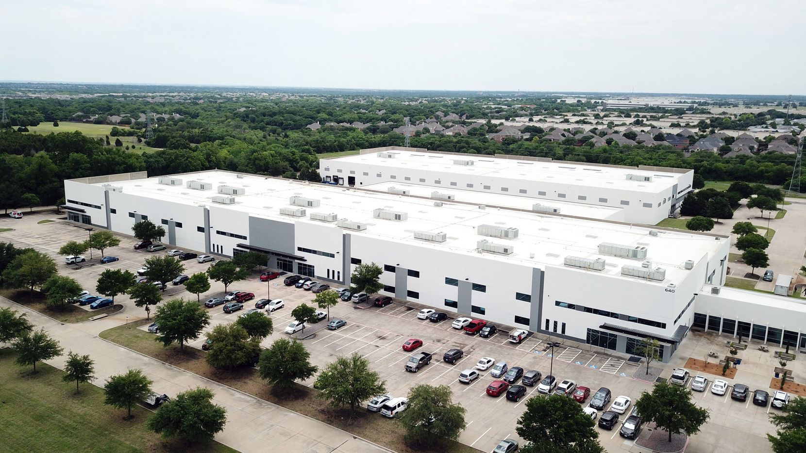 Inogen is relocating to an east Plano office and industrial complex.