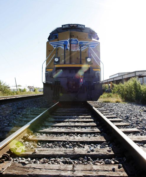 For Union Pacific, grants of more than $90 million have helped replace 121 dirtier locomotives. Those projects, covering 5 to 10 years, are expected to cut nitrogen oxides by more than 14,000 tons in Dallas-Fort Worth and more than 17,000 tons in greater Houston.
