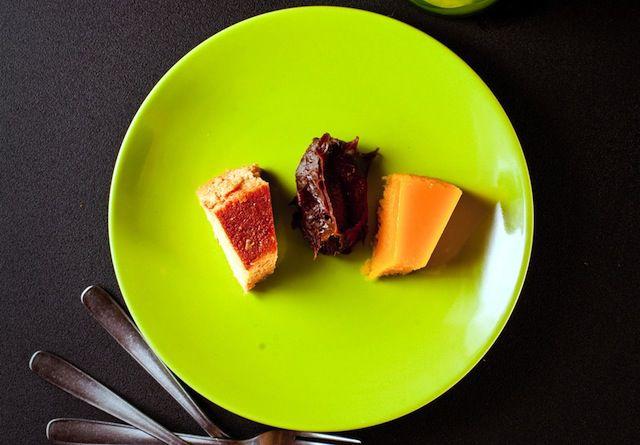 Disfruta de estos tres deliciosos postres (pudim, brigadeiro y quindim) que además son facilísimos de preparar.