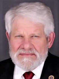 Longtime Allen Mayor Steve Terrell is stepping down to run for the Collin County Commissioners Court.