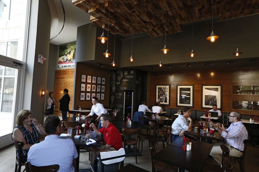 Coffee, pizza, beer and Goldman Sachs: How Dallas small businesses got a boost from Wall Street