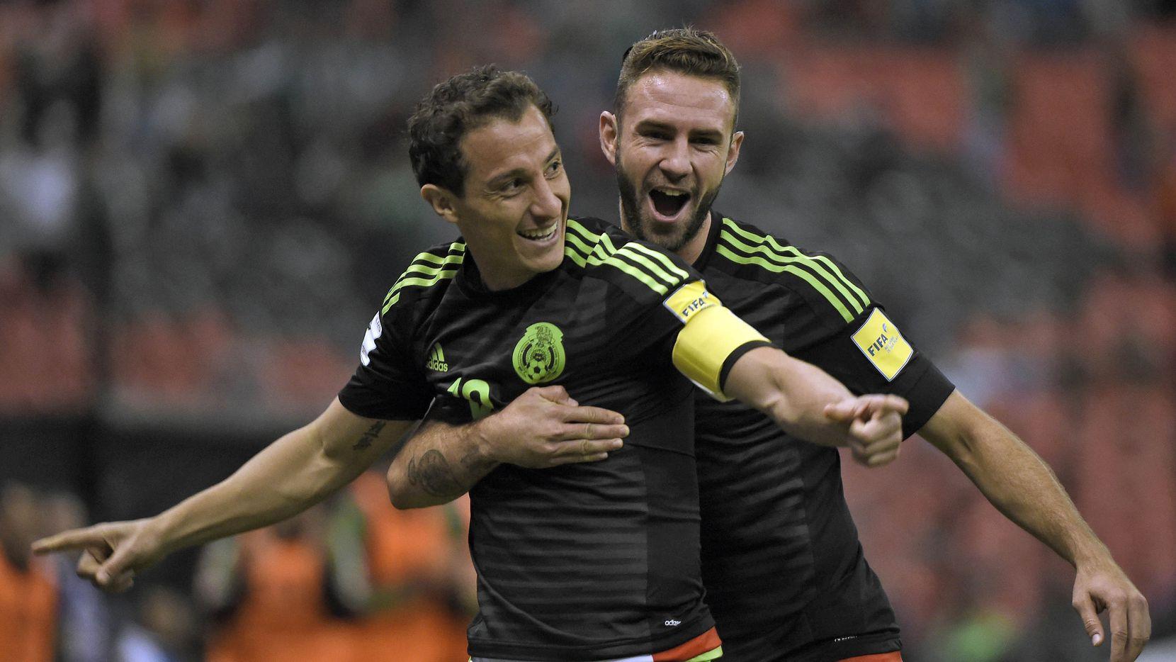 Andrés Guardado y Miguel Layún son figuras en la selección mexicana. Foto GETTY IMAGES