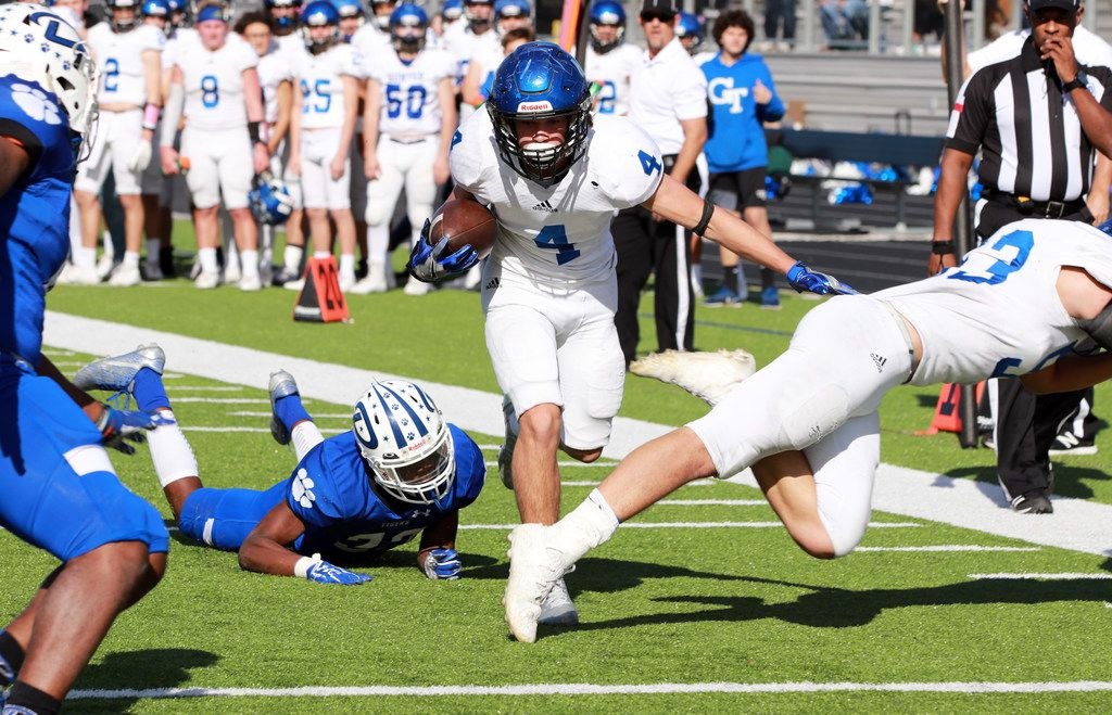 Gunter is playing in the Class 3A Division II state football championship for the second consecutive year. Pictured is wide receiver Braiden Clopton, who leads the team in yards receiving. (Photo courtesy of Sara Franze)