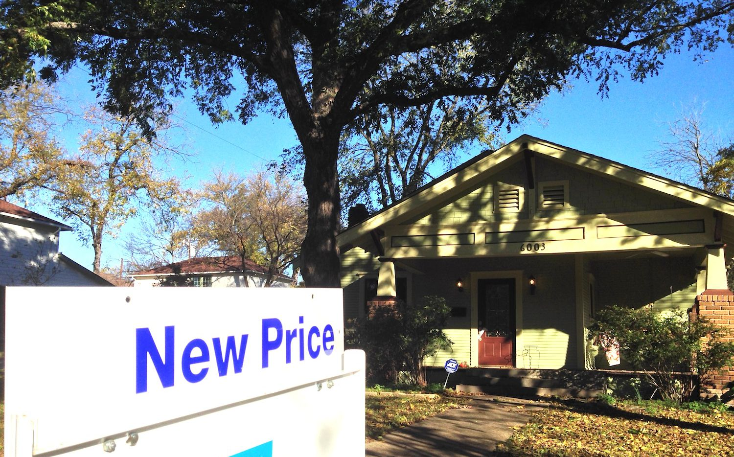 D-FW home prices are 20% to 24% overheated, Fitch Ratings warns.