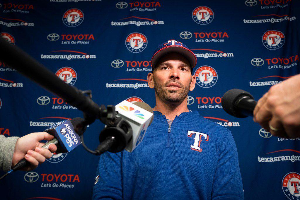 El mánager de los Texas Rangers está bajo la lupa por la mala campaña que está teniendo el equipo en la temporada 2020 de Grandes Ligas.
