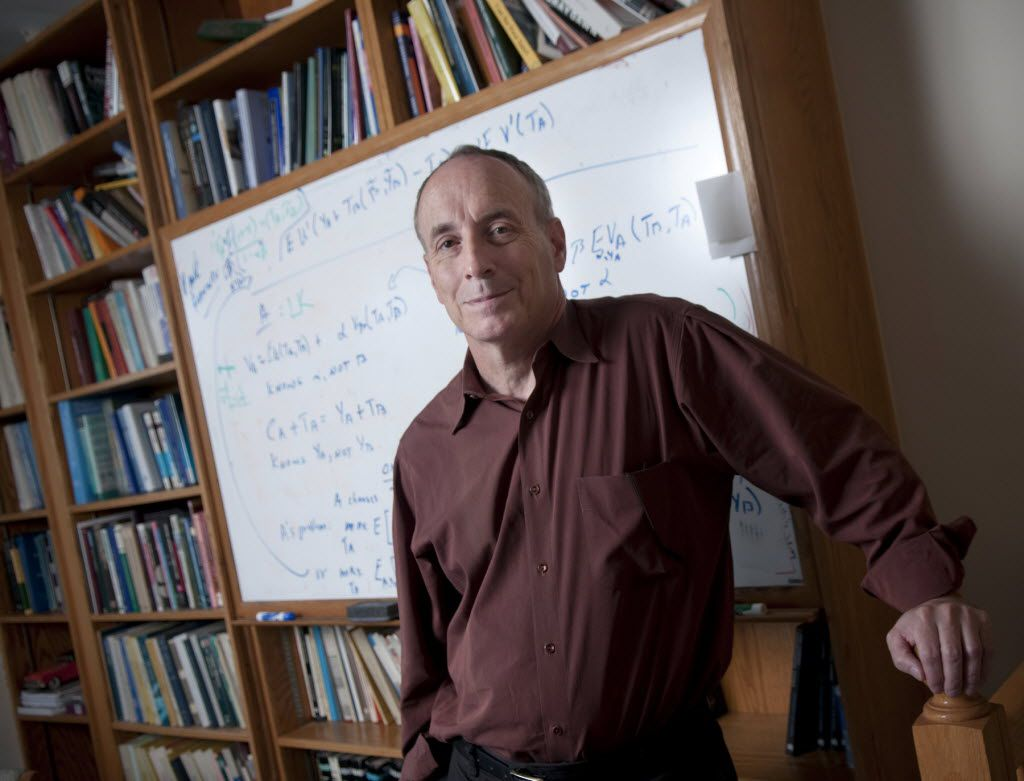 Laurence Kotlikoff, an economics professor at Boston University, in Boston, Mass., in 2010.