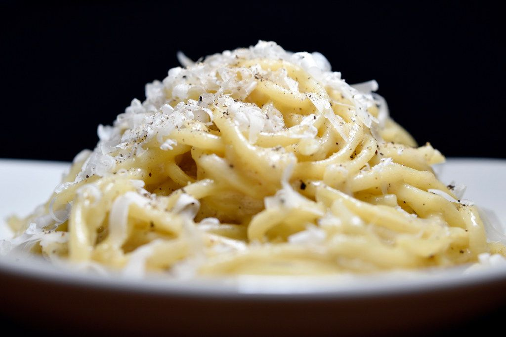 Sprezza's bucatini cacio e pepe with ricotta whey