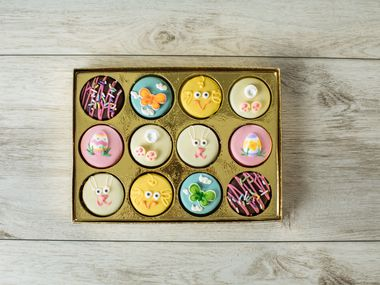 Eatzi's Market and Bakery will offer Easter-themed chocolate covered Oreos as part of its 2020 Easter menu.